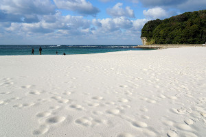 Shirahama_beach